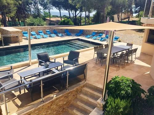 Loue Villa DESIGN 15couchages Piscine chauffée, bord de mer, 3500m² terrain - Sausset-les-Pins (13)