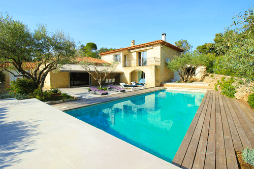 Loue villa familiale (4chambres) avec climatisation et piscine