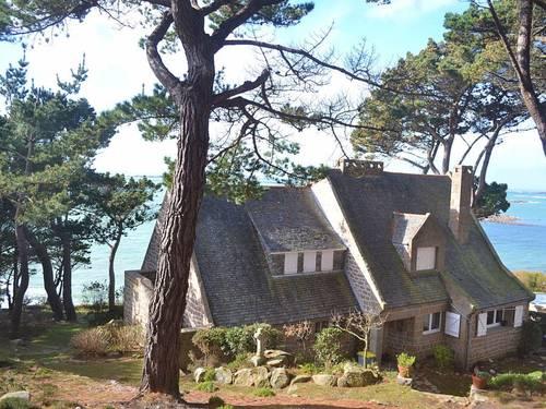 Loue Villa familiale bord de mer (22) 16couchages Côte granit rose