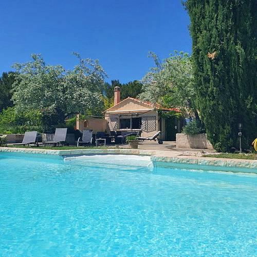Loue la villa Ixelle en provence 8couchages - Lambesc (13410)