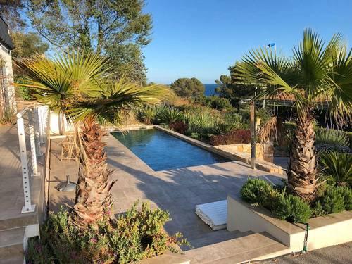 Loue villa vue mer 10couchages piscine- Saint Raphaël (83) 50m des criques d'Anthéor