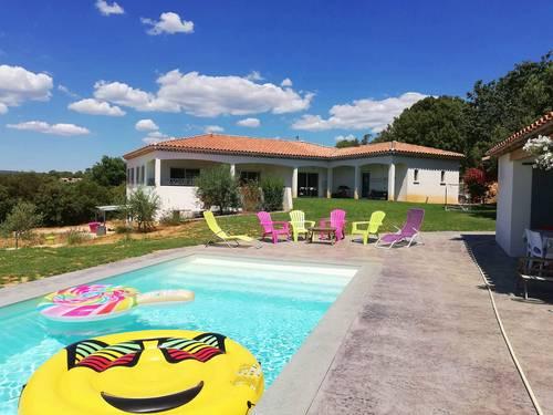 Loue villa 8couchages, 4chambres,à St Maximin la Ste Baume (83)