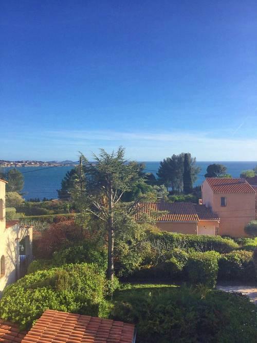 Loue villa 8personnes vue mer avec piscine, Bandol (83)