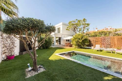 Loue villa avec piscine, hamman, Antibes Juan-les-Pins (06) - 3chambres, 8couchages
