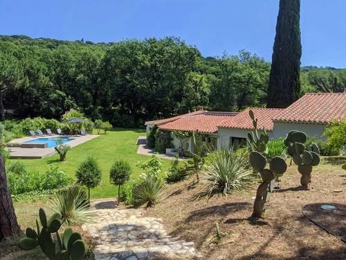 Loue villa avec piscine dans les vignes proche Saint-Tropez - 4chambres 8couchages