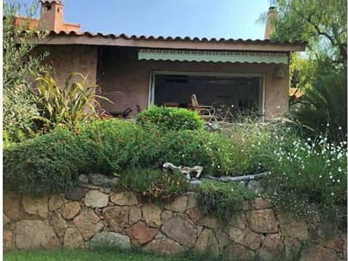 Loue villa à PORTO VECCHIO en Corse 6couchages,plage privée
