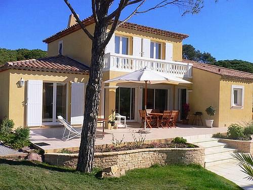 Loue villa à St Raphaël(Var) entre plages et golfs août 6personnes