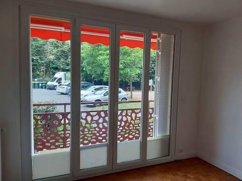 Vends à Villeurbanne (69) - Appartement T3de 65m² en rez de chaussée