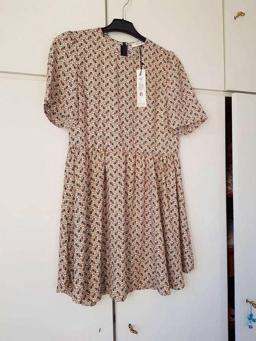 Robe Vintage Love neuve taille 238/40